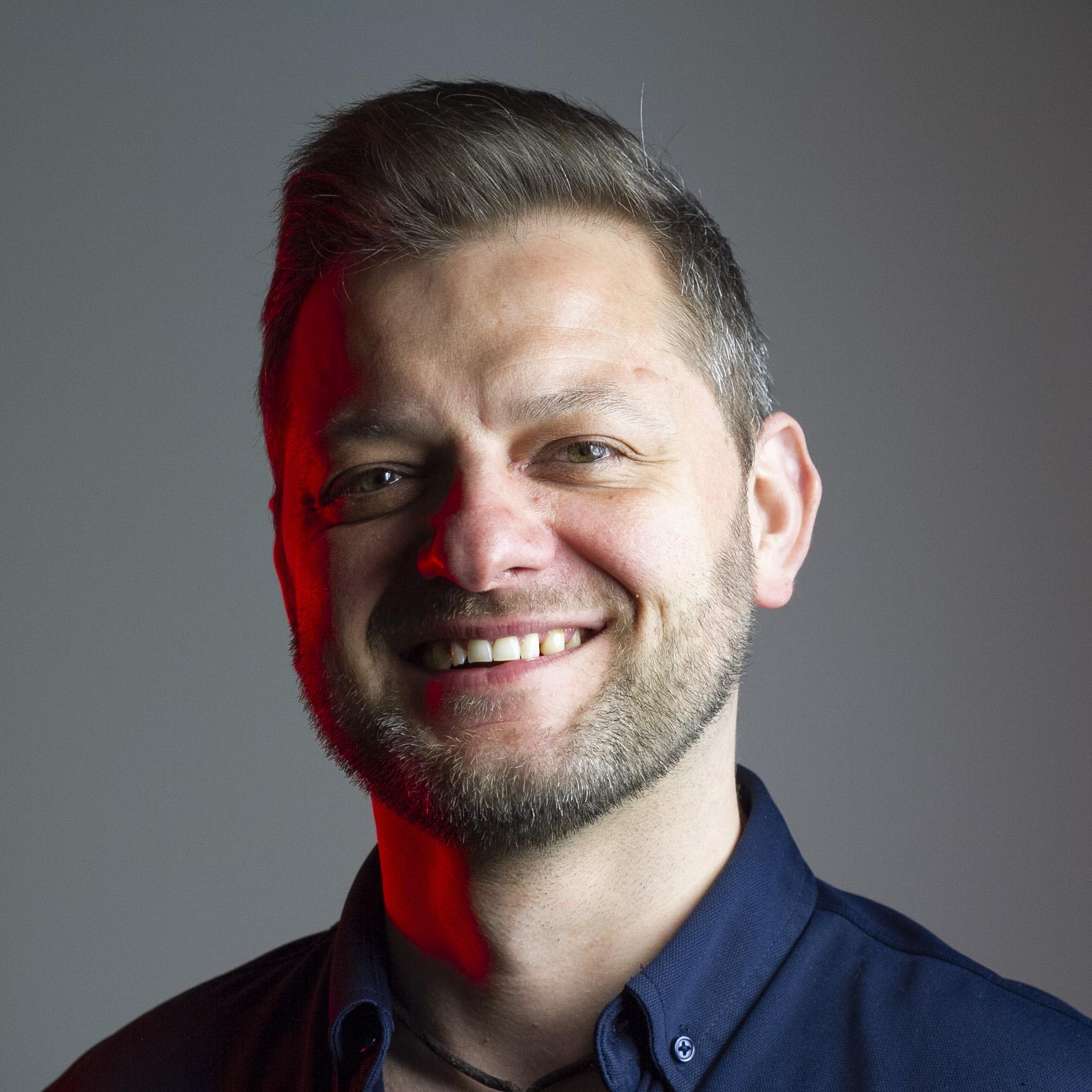 Adrian Borzęcki